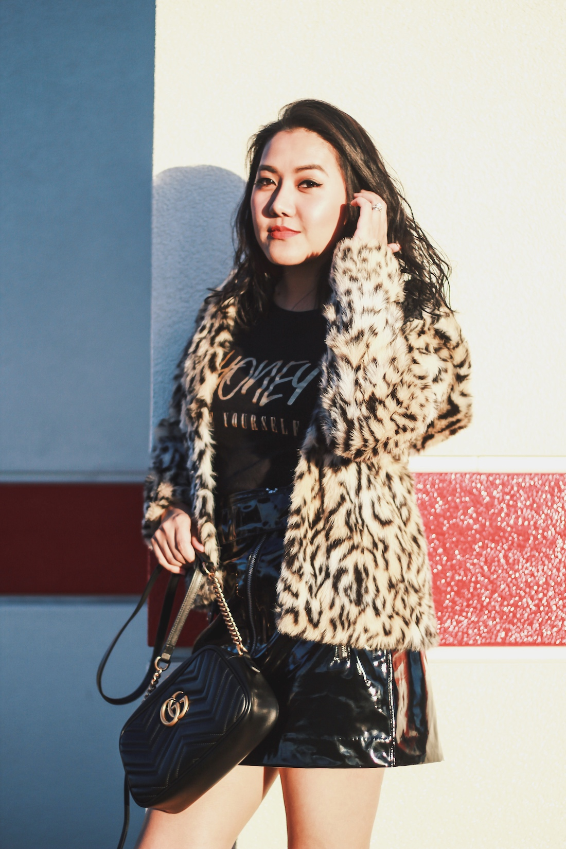 Winter-Outfit-Honey-Be-Yourself-Graphic-Tee-Allaboutgoodvibes.com-Molly Larsen- Fashion Blogger