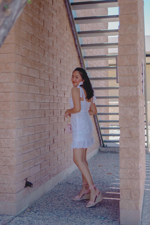 Fashion Style Blogger Molly Larsen White-lace-eyelet-spring-summer-dress-allaboutgoodvibes.com-IG-@thevibescloset