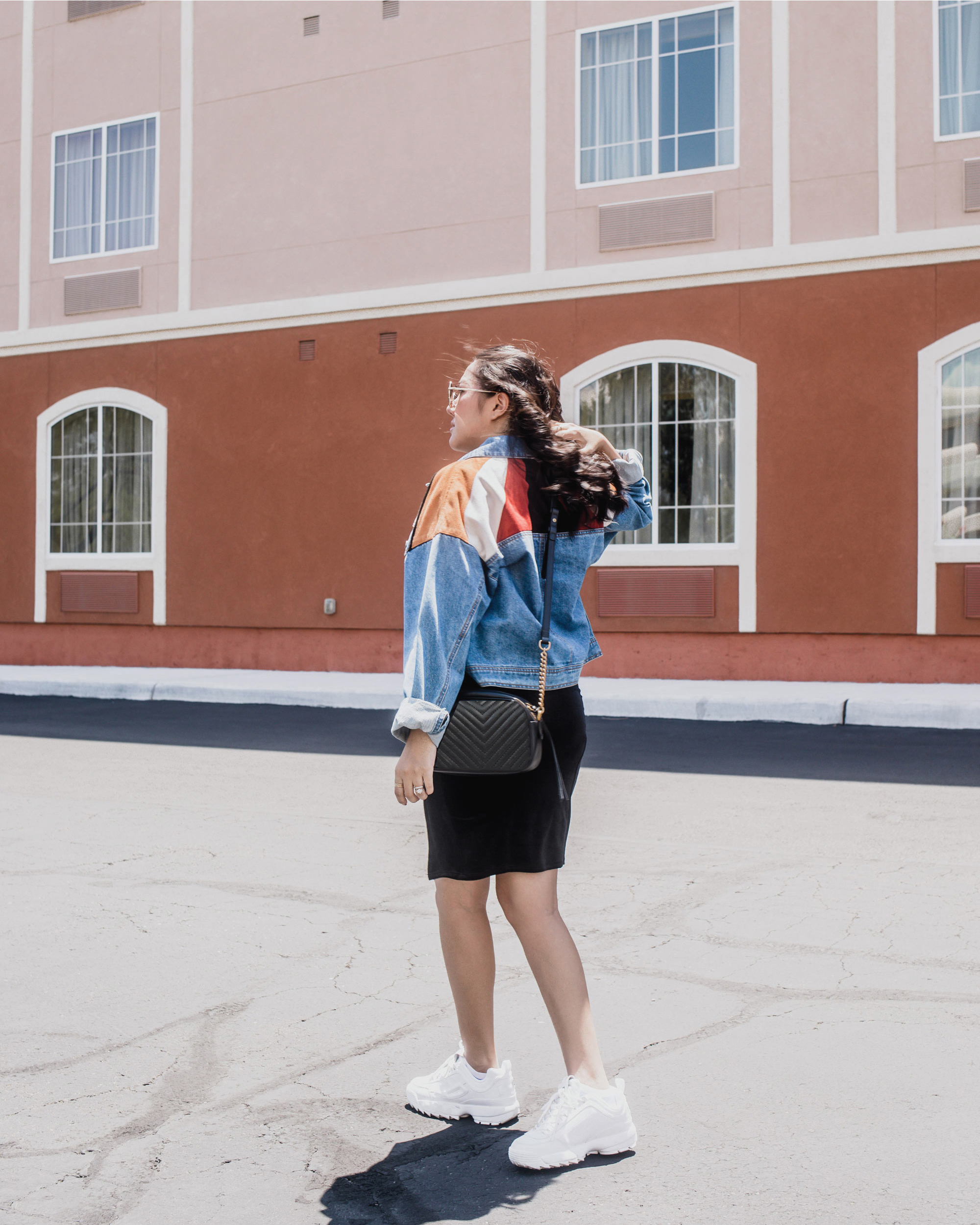 How-to-make-your-NWFW-chic-and-comfortable-with-Dr.-Scholl's-Stylish-Step_allaboutgoodvibes.com_Denim jacket and sneakers outfit idea