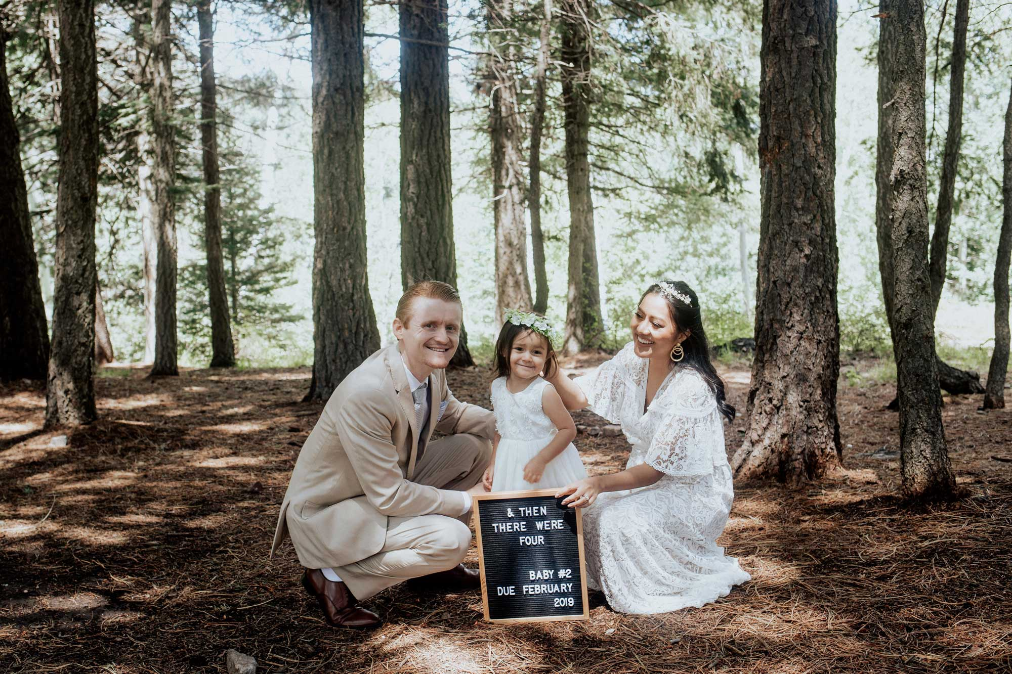 Pregnancy Announcement Baby Number 2_TheVibesCloset_Molly Larsen_Style Blogger_mom Blogger_Beauty Blogger_family picture_13