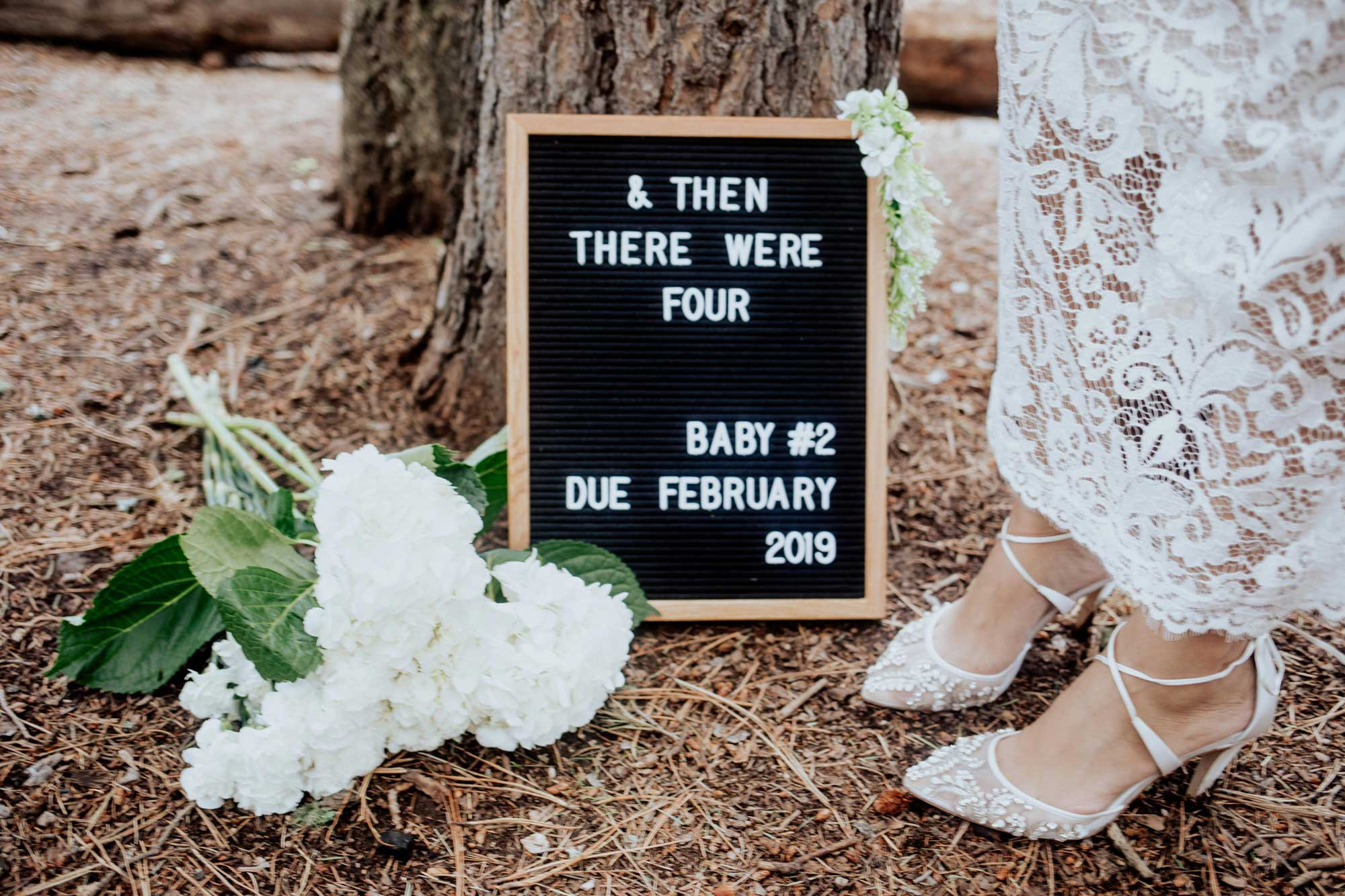 Pregnancy Announcement Baby Number 2_TheVibesCloset_Molly Larsen_Style Blogger_mom Blogger_Beauty Blogger_family picture_16