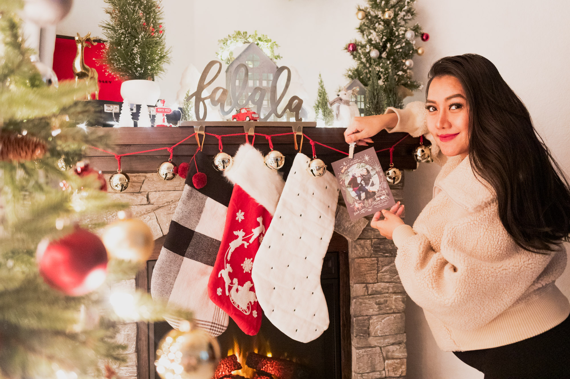 3 Tips to Create A Memorable Personalized Holiday Card with Ease-Allaboutgoodvibes.com_molly Larsen-Beauty Style Blogger-IG @thevibescloset-Minted.com-Christmas card idea