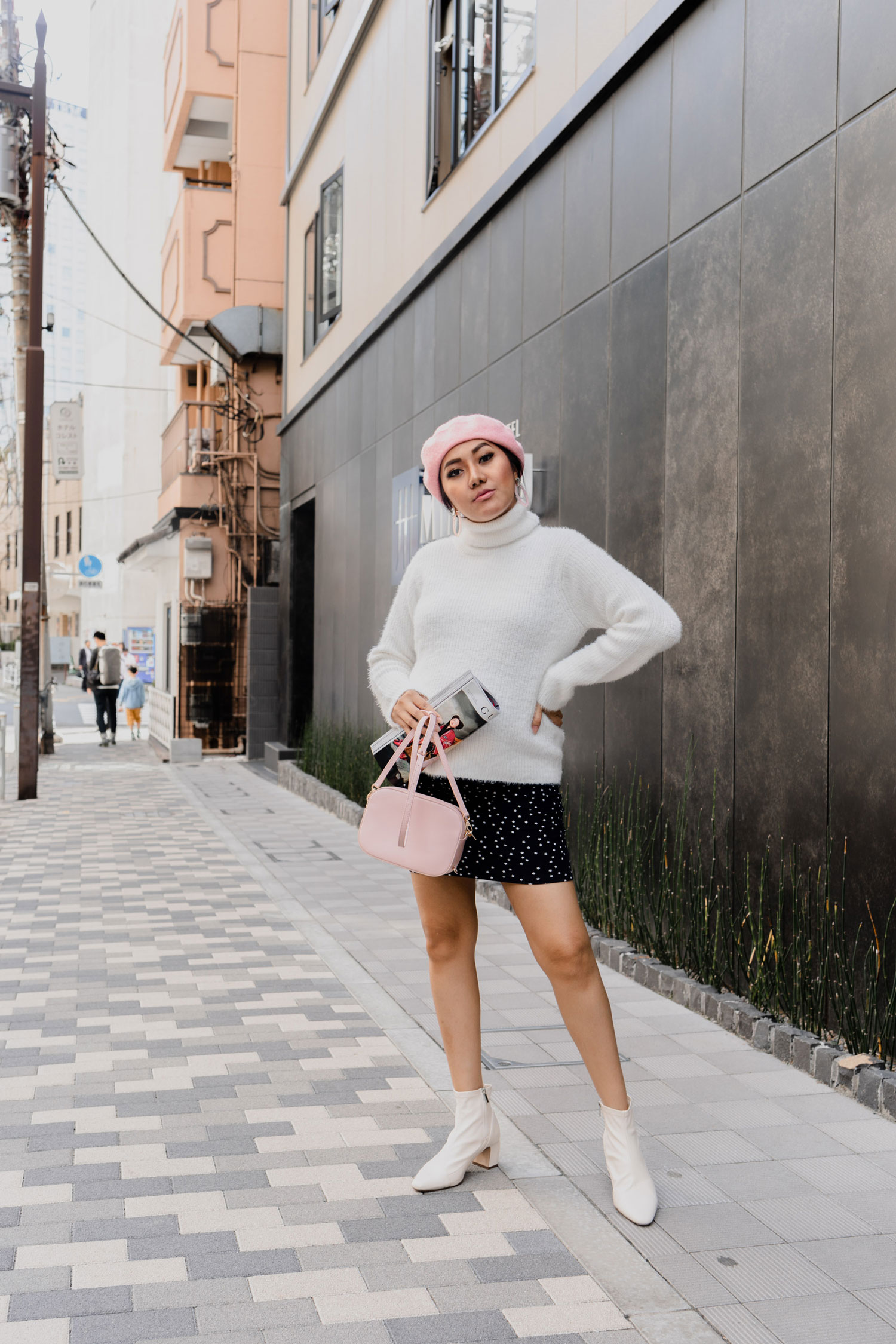 Fall/ Winter Outfit Idea | Pink Baret #GoodVibesGifting Day 6_12-22-2018_Molly Larsen IG @thevibescloset_allaboutgoodvibes.com
