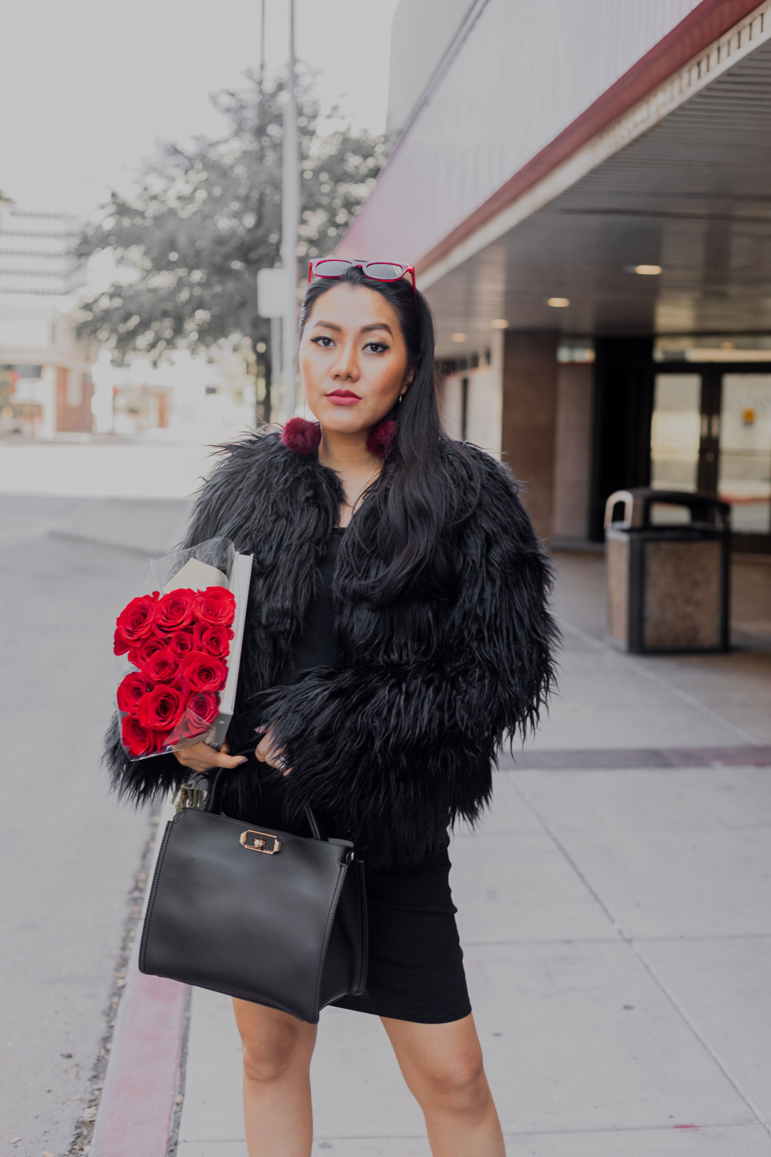 Fall/ Winter Outfit Idea | Faux Fur Coat #GoodVibesGifting Day 5_12-21-2018_Molly Larsen IG @thevibescloset_allaboutgoodvibes.com
