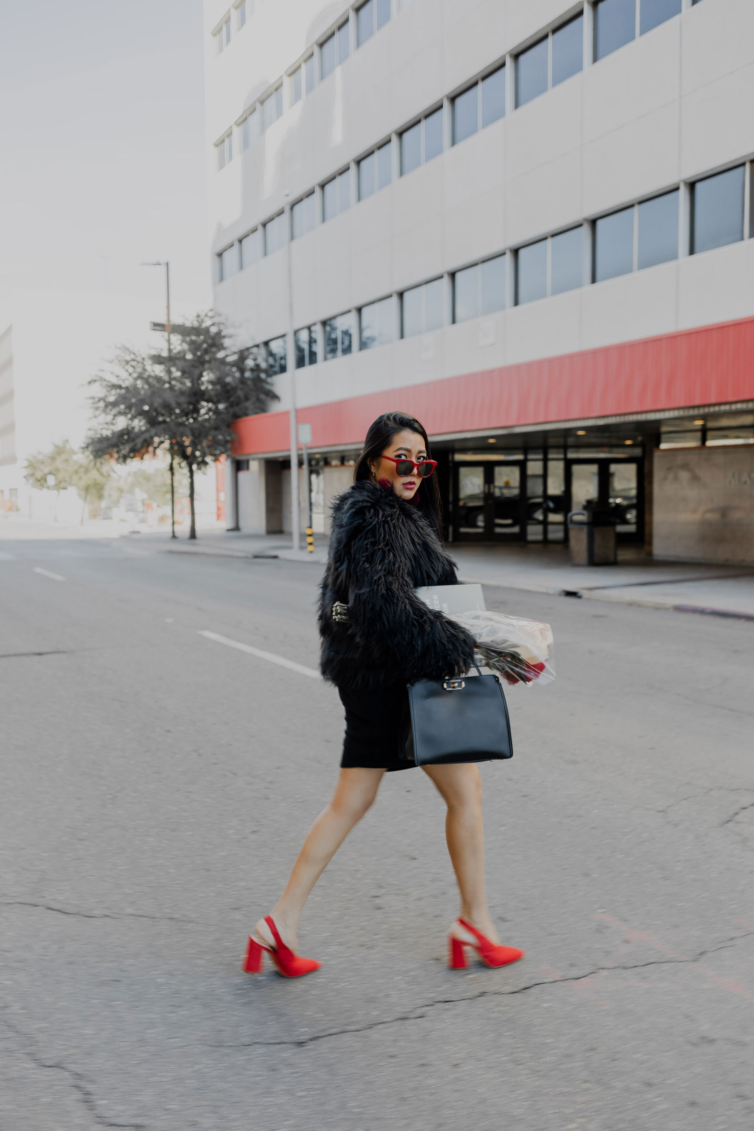 Last Minute Holiday Outfit | Faux Fur Coat #GoodVibesGifting Day 5_12-21-2018_Molly Larsen IG @thevibescloset_allaboutgoodvibes.com