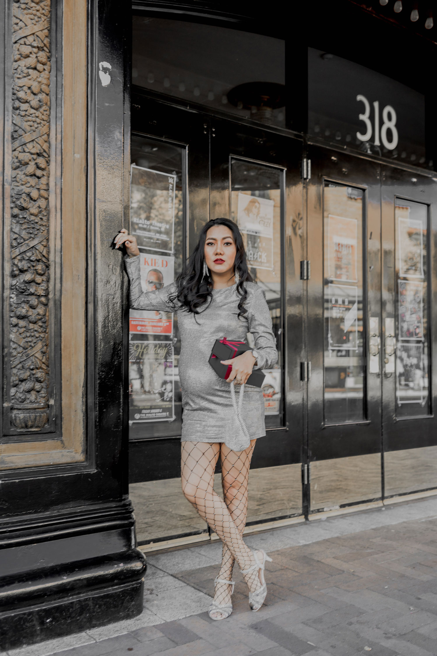NYE Party Outfit Idea | Metallic and Silver #GoodVibesGifting Day 8_12-24-2018_Molly Larsen IG @thevibescloset_allaboutgoodvibes.com
